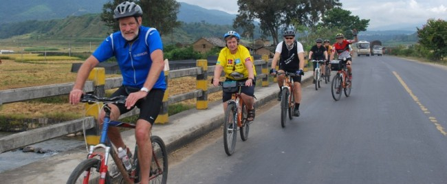 Cycling from Phnom Penh to Siem Reap